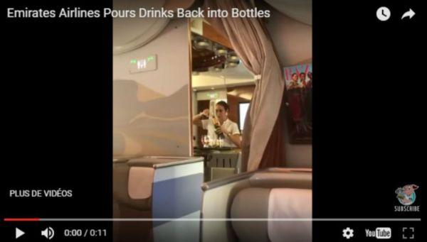Cette hôtesse reverse le contenu d'une flûte de champagne dans une bouteille, la vidéo fait scandale