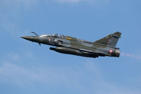 French military jets follow passenger plane returning to the UK