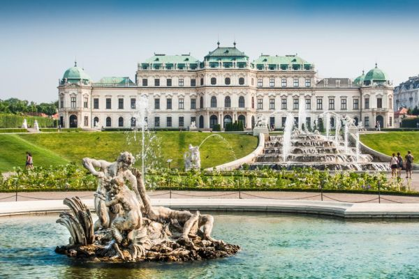 A Photo Guide to Europe's Royal Palaces