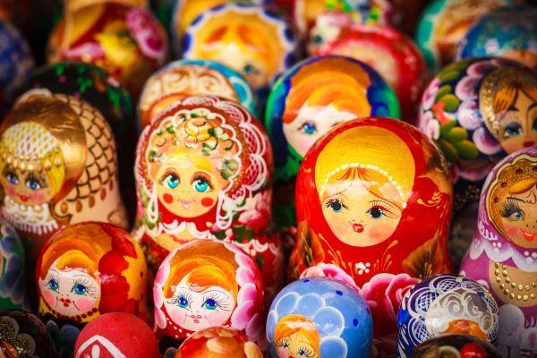 Stöbern zwischen Köstlichkeiten und Sowjet-Kitsch