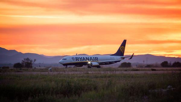 Ryanair supprime 2000 vols : quels sont vos droits ?