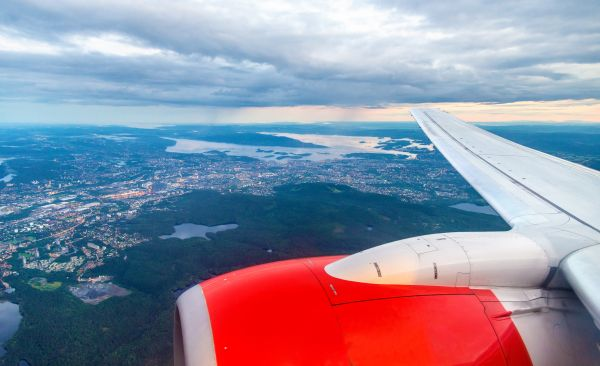 Tailwinds in Norwegian airspace attract US-bound flights