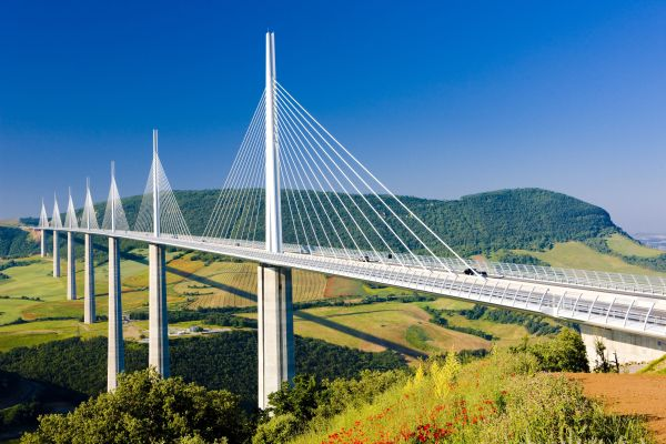 Majestätische Brückenbauten