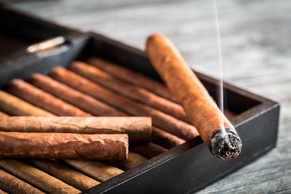 Raucher aufgepasst! Hier ist Rauchen noch voll im Trend!