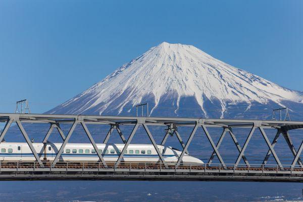 Warum ist die Bahn in Japan so pünktlich?