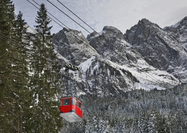 Germany's record-breaking cable car opens just in time for Christmas