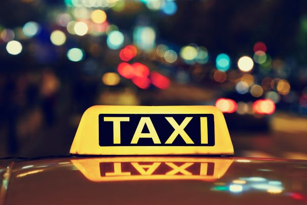 Man refuses to pay 2000EUR taxi fare