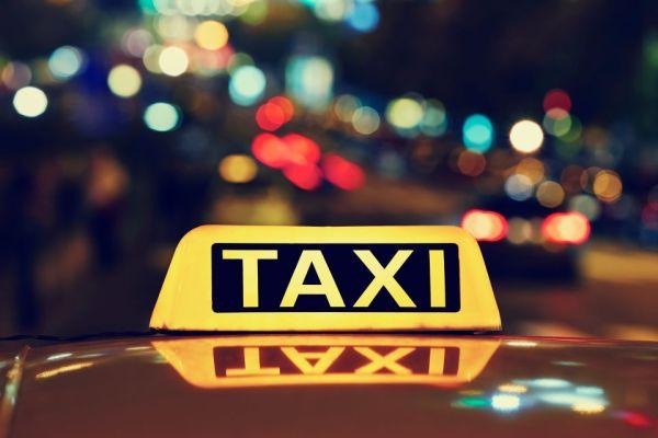Un hombre se niega a pagar 2000 euros de tarifa de taxi