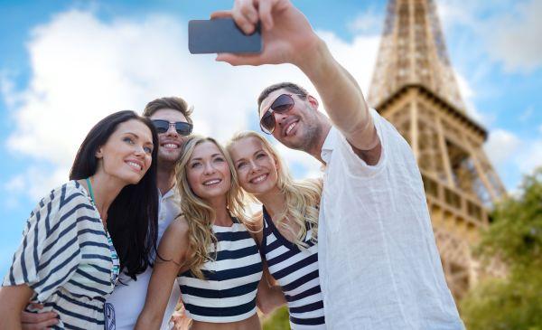 Vidéo : Nous prennons tous les mêmes photos de vacances
