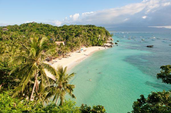 La meravigliosa isola Boracay chiude a causa dell'inquinamento