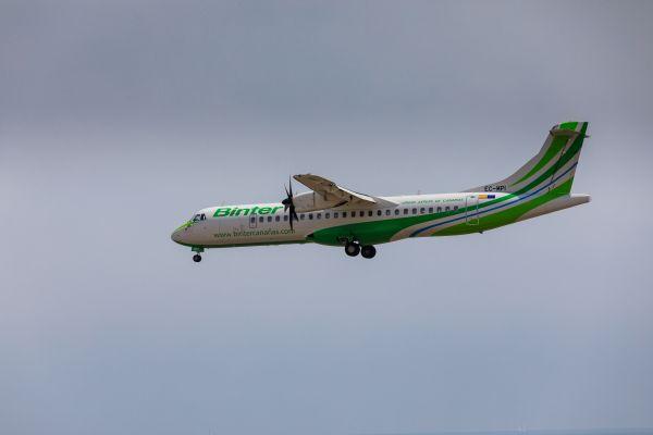 Binter mejora las conexiones aéreas entre Canarias y Baleares