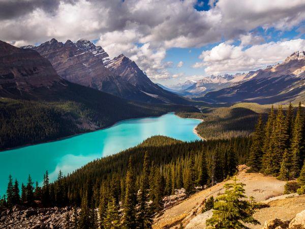 Awe-inspiring natural wonders in Canada