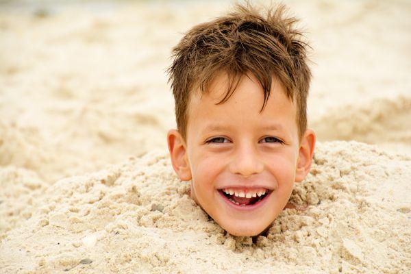 S'enterrer dans le sable, quelle mauvaise idée !