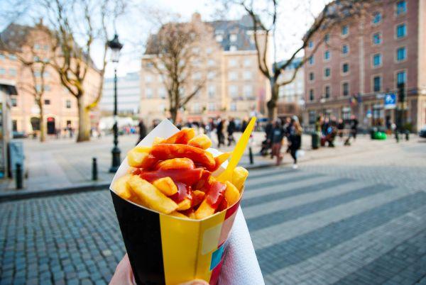 Des baraques à frites s'offrent une seconde jeunesse à Bruxelles