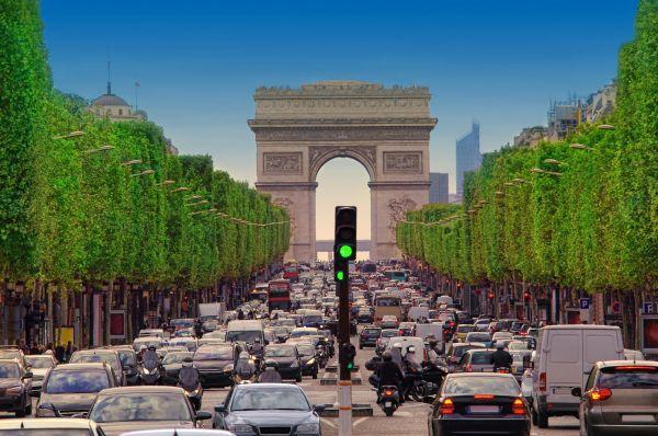 """Pollution de l'air : Mention """"Peut mieux faire"""" pour Paris !"""
