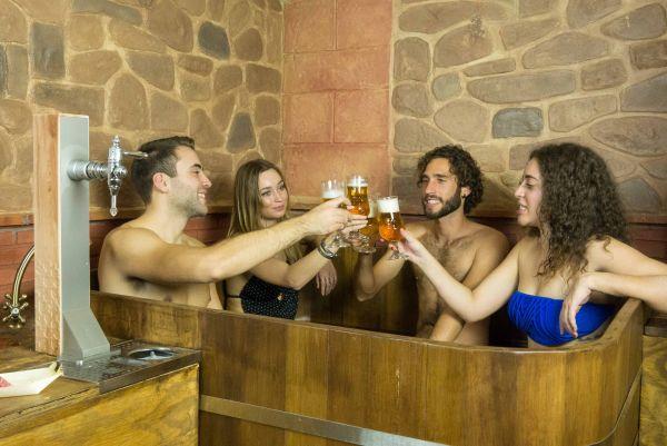 Los SPA de España que mejor te mimarán con vino, aceite de oliva o cerveza