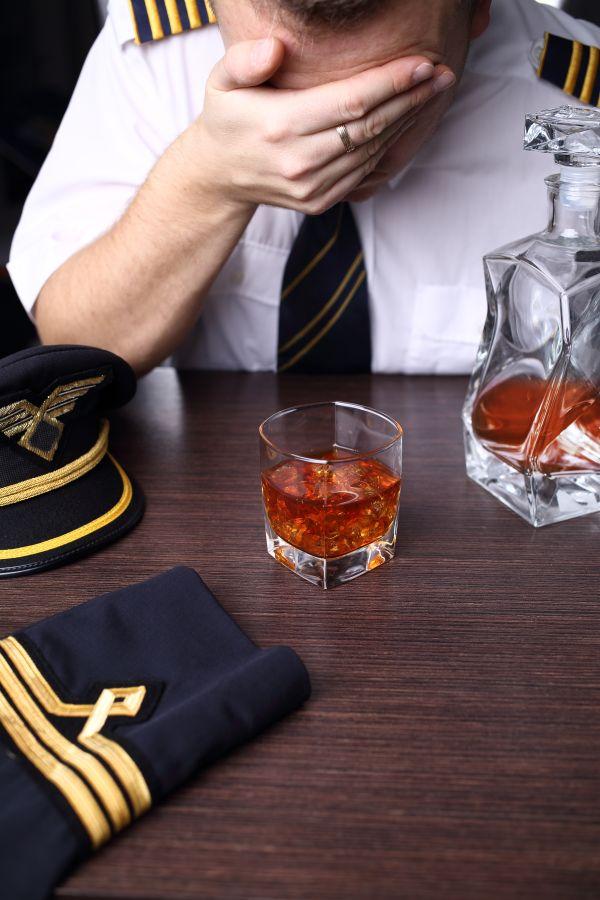 Un vol Helsinki-Rome retardé à cause de l'alcoolémie du pilote