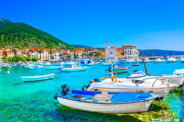 Die griechische Mamma Mia 2 Insel ist in Wahrheit eine kroatische Insel!