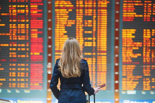 """Retards et annulations de vols : La France dans le """" flop 5 """" européen !"""