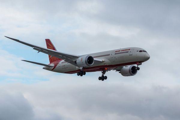 Air India : une femme ivre insulte le personnel de bord en plein vol
