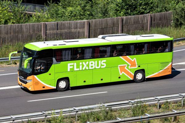 Flixbus ti porta al check-in: nuovi collegamenti con Milano Linate