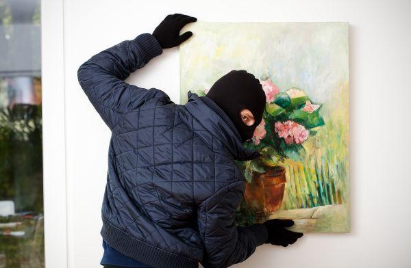 Russie : un homme vole un tableau dans un prestigieux musée