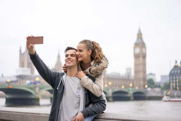 Marre du célibat ? Louez un petit-ami pour vos vacances !