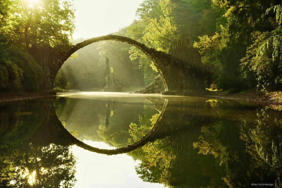 Un pont Hobbit ?