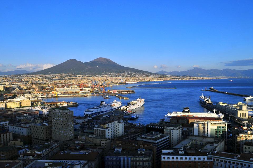 Week end de mai nos id es city break pas cher au soleil - Week end port aventura tout compris pas cher ...