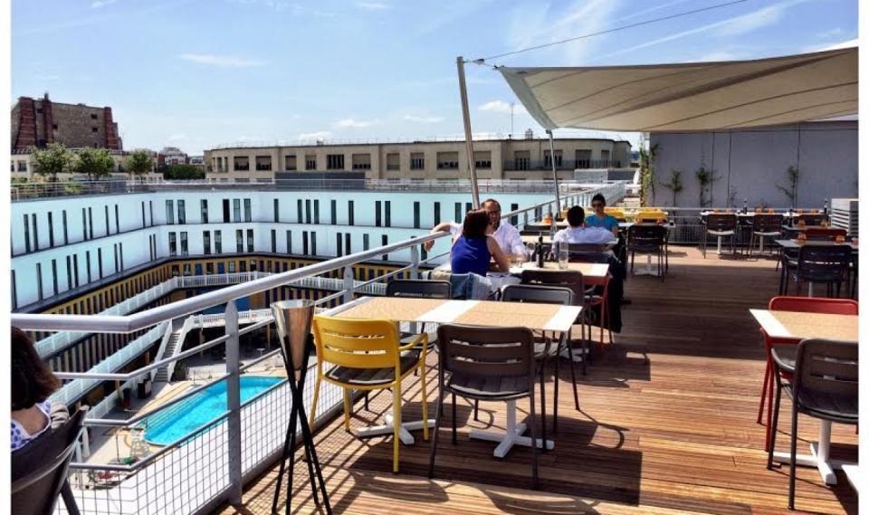 Les vraies terrasses pour boire un verre paris easyvoyage for Piscine 75011