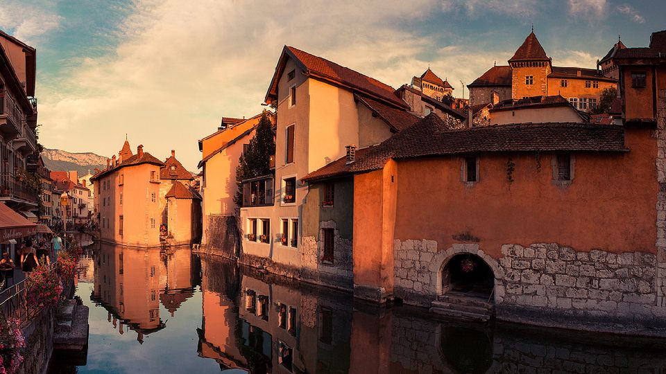1. Annecy, France
