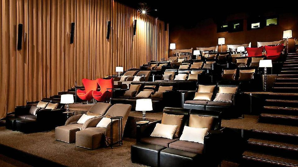salle de cinema priv e prix vy72 jornalagora. Black Bedroom Furniture Sets. Home Design Ideas