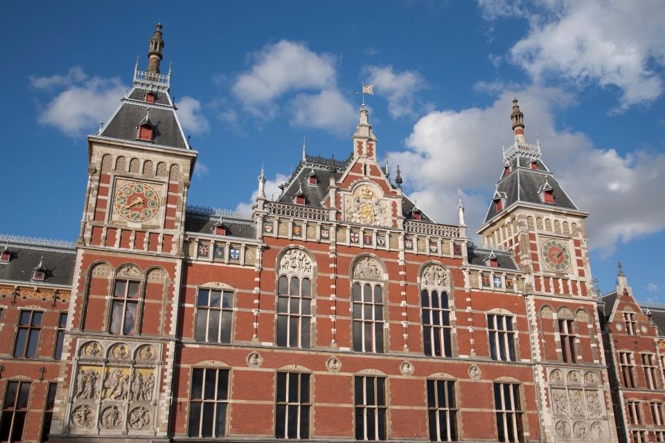 Voyage dans les plus belles stations de train du monde easyvoyage - Office du tourisme d amsterdam ...