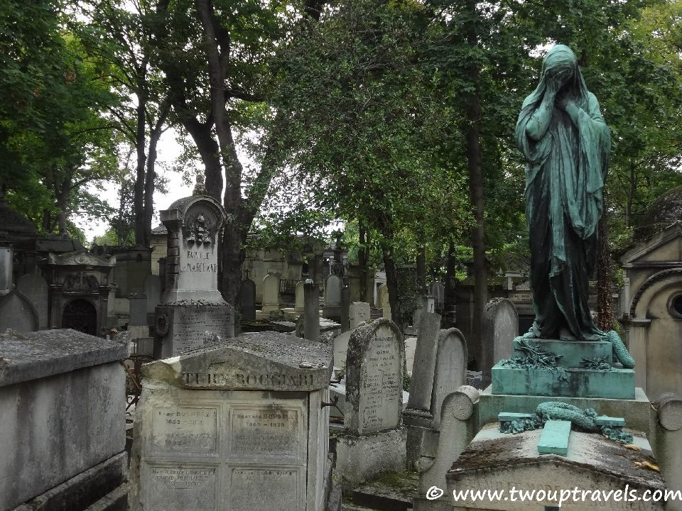 Los 10 cementerios m s misteriosos del mundo easyviajar for Cementerio jardin del mar