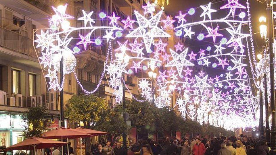 La navidad ilumina todos los rincones de espa a easyviajar - Iluminacion sevilla ...