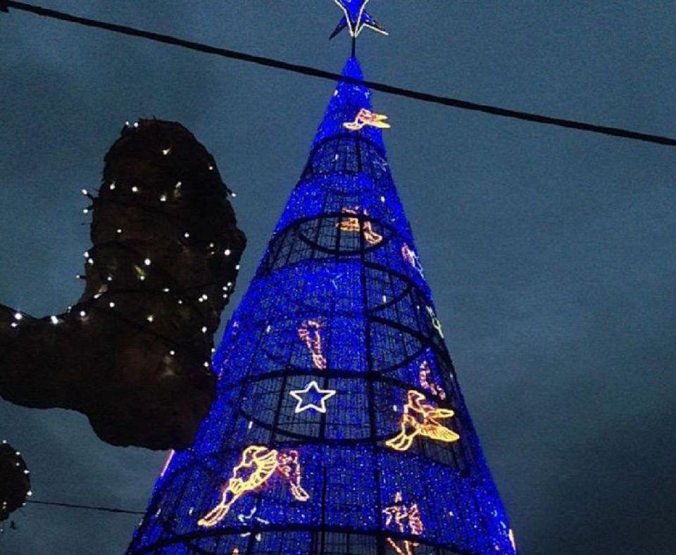 La navidad ilumina todos los rincones de espa a easyviajar - Adornos navidad por mayor ...