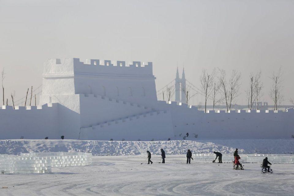Le plus grand festival de glace du monde est en chine for Grande glace