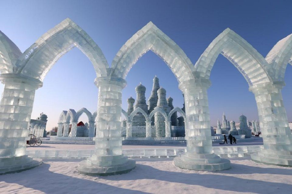 China opens world s coolest ice festival easyvoyage