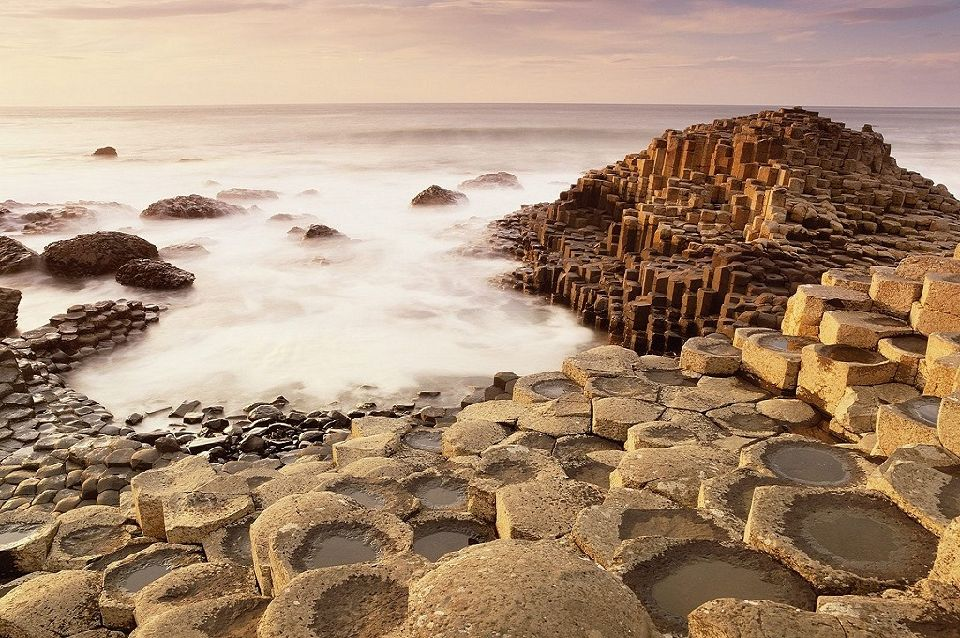 1. Giant's Causeway