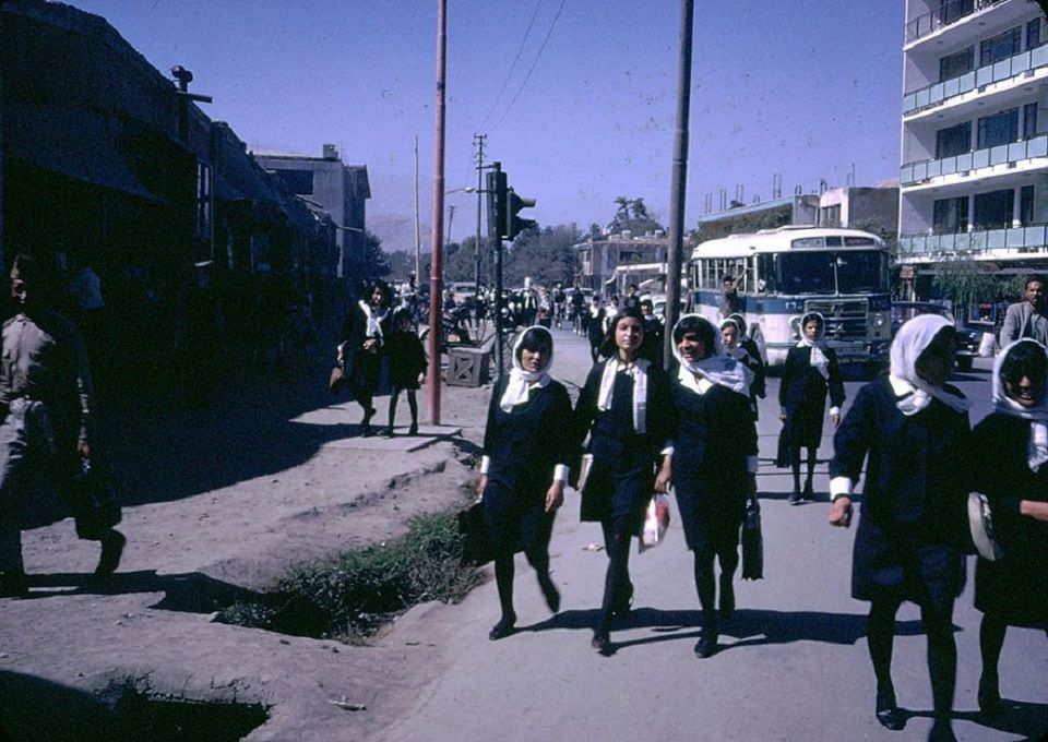 Gruppe Afghanischer High School Mädchen