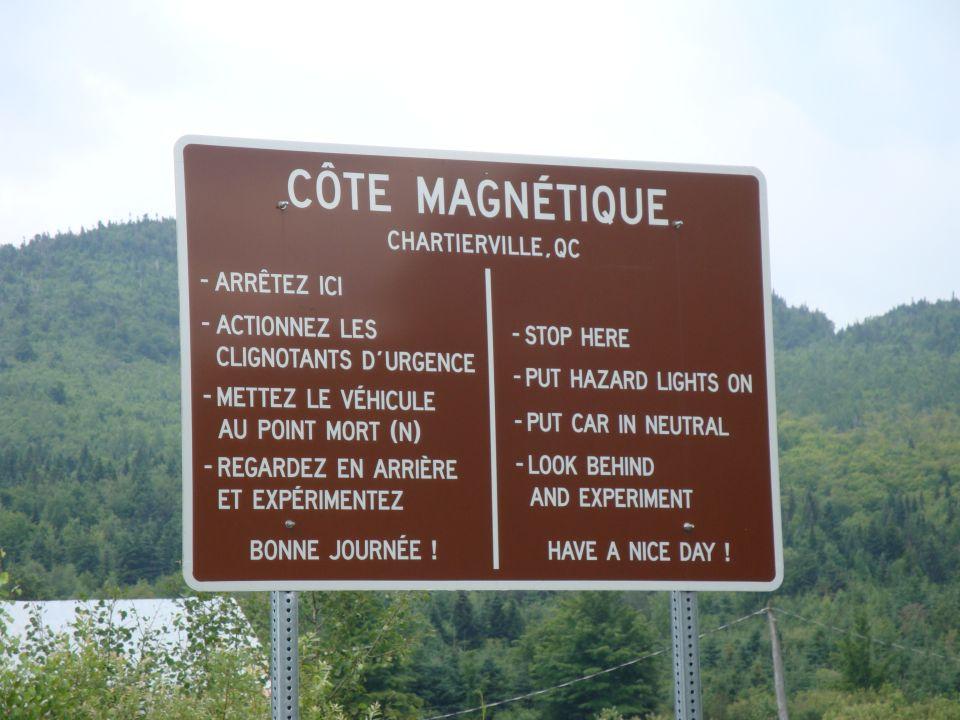Panneau de la côte de Chartierville au Québec