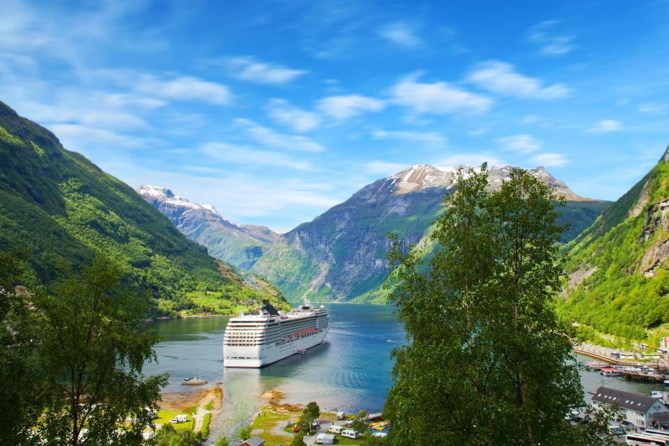 Croisière dans les fjords du Grand Nord