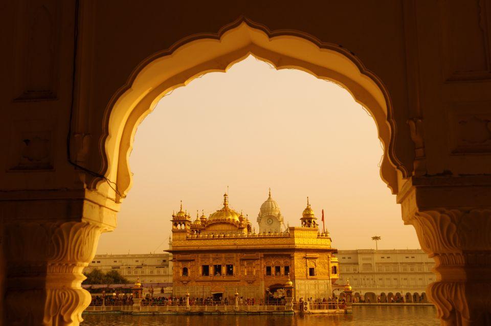Temple d'or à Amritsar, au Pendjab, nord-ouest de l'Inde