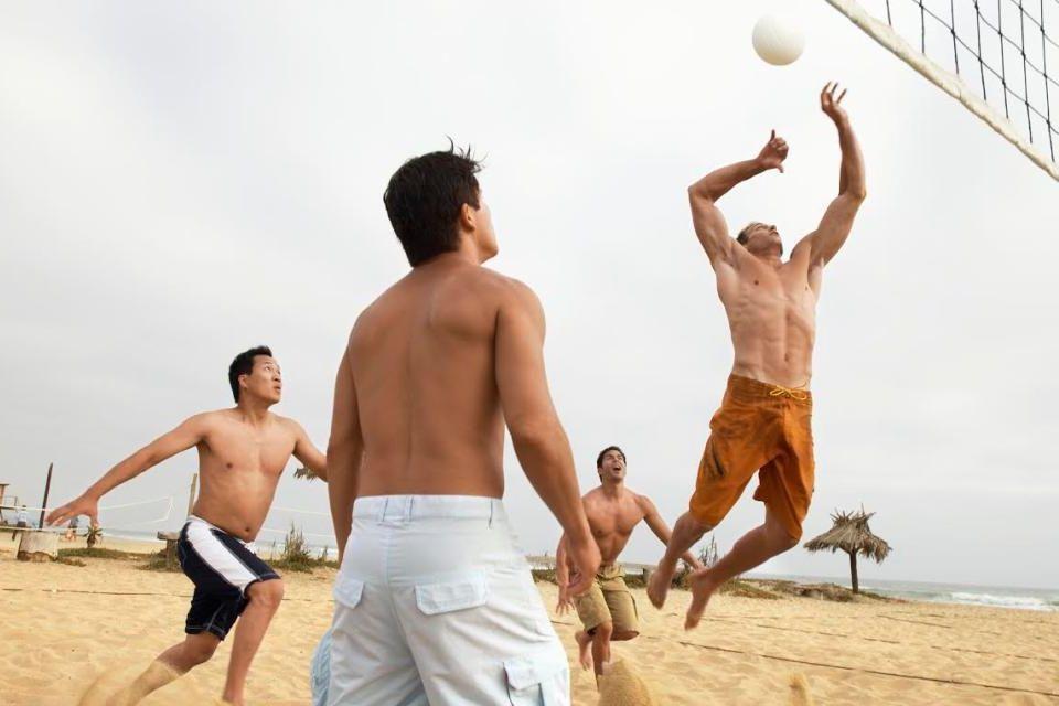 Watching men's sports in Iran