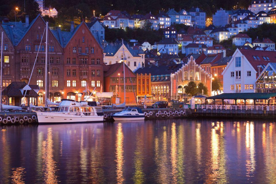 2) Bergen, Norvège