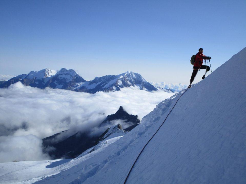 4478 METER OHNE ARME und BEINE - Dieser Bergsteiger ist