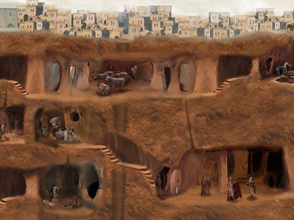 Les archéologues et les historiens continuent de l'explorer
