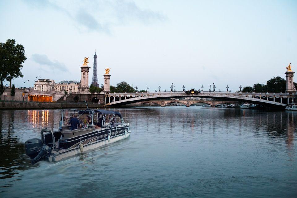 A l'approche du majestueux pont Alexandre III