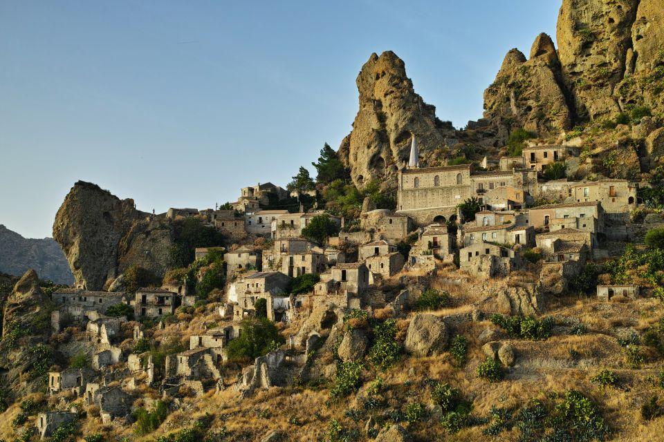 Pentedattilo, Calabria