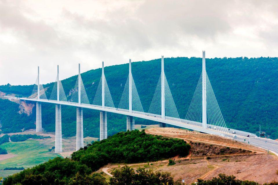 Viaduc de Millau - Millau, France